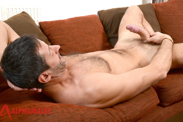 Hairy-hunk-Antonio-Garcia-AlphaMales-06-gay-porn-movies-download-torrent-photo