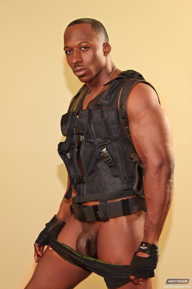 Derek-Jackson-Next-Door-black-muscle-men-naked-black-guys-nude-ebony-boys-gay-porn-02-pics-gallery-tube-video-photo
