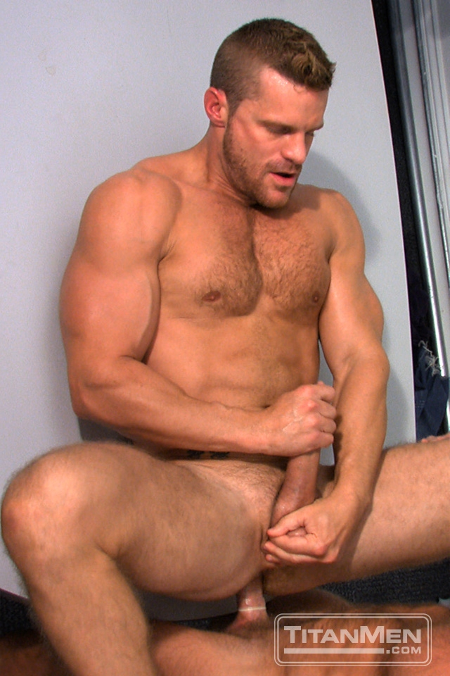 Landon-Conrad-and-Hunter-Marx-Titan-Men-gay-porn-stars-rough-older-men-anal-sex-muscle-hairy-guys-muscled-hunks-05-gallery-video-photo