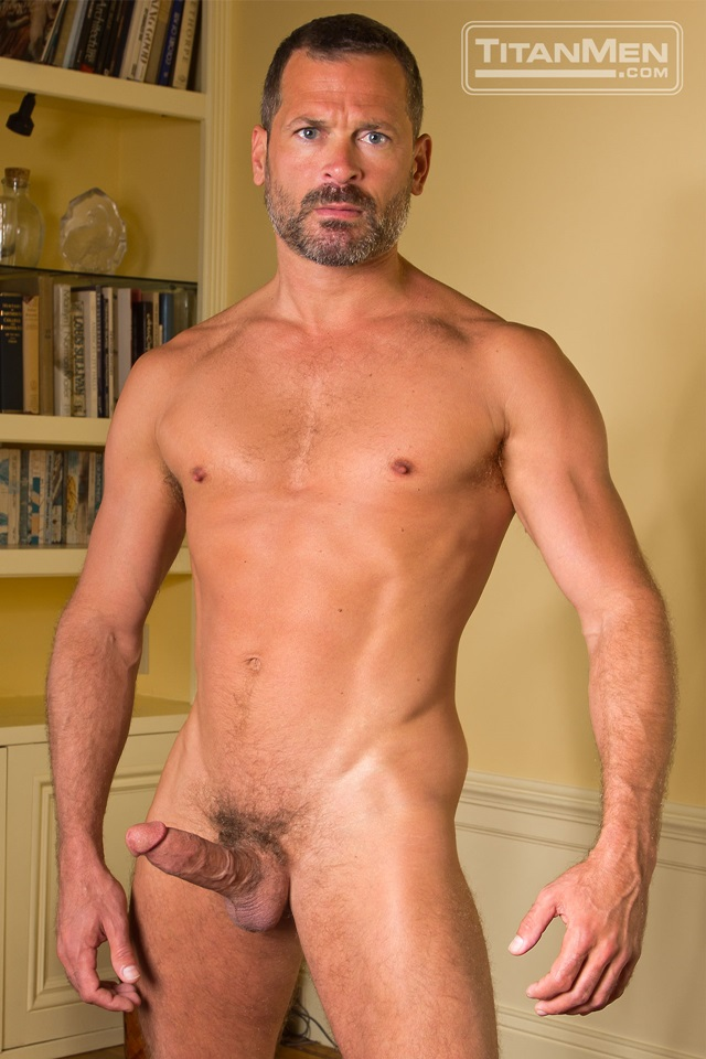 Hairy-Chested-Hunk-Tom-Wolfe-sucks-big-dick-Will-Swagger-furry-balls-huge-cumshot-003-male-tube-red-tube-gallery-photo
