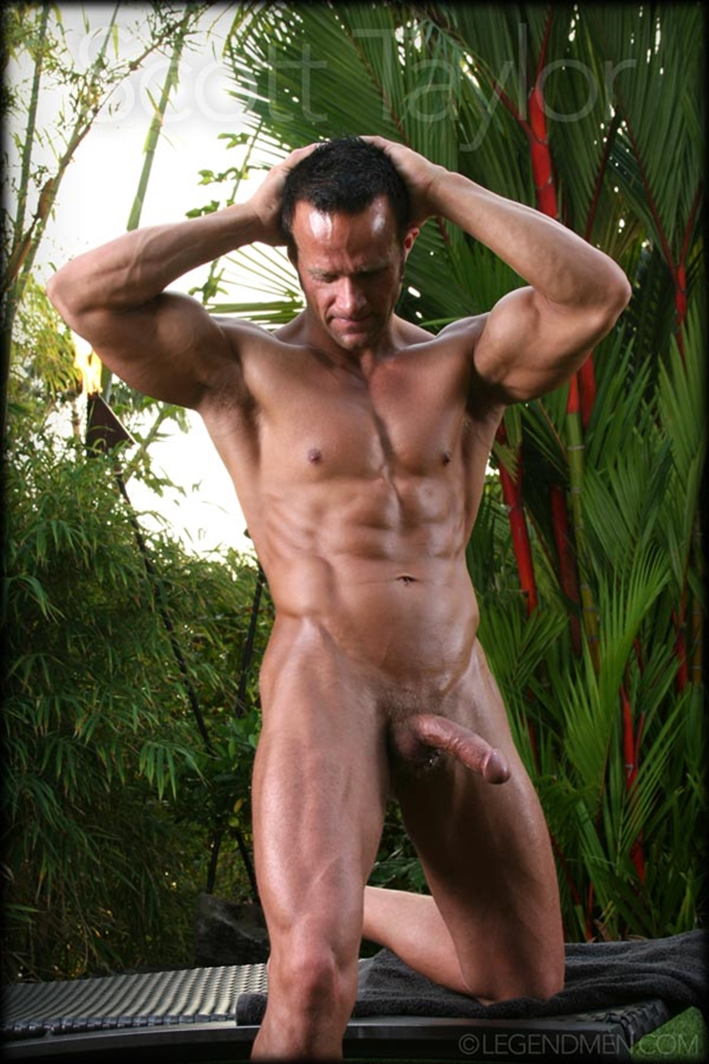 gallery-of-naked-erect-men