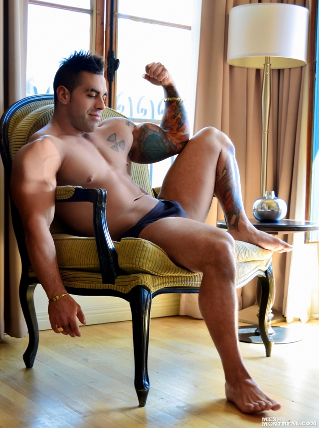 MenofMontreal-Italian-muscle-hunk-Emilio-Calabria-30-year-old-professional-athletes-jock-beefy-chest-006-male-tube-red-tube-gallery-photo