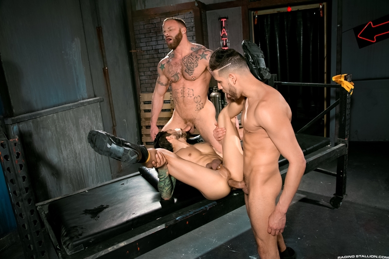 RagingStallion-Draven-Torres-FX-Rijos-Derek-Parker-tatted-up-bearded-studs-big-dicks-huge-muscles-sex-tattoos-piercings-eating-ass-fucked-015-tube-download-torrent-gallery-sexpics-photo
