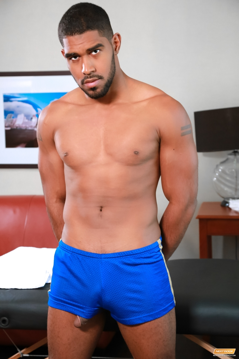 NextDoorEbony-Damian-Brooks-XL-bottom-tight-ass-hole-hot-69-sucking-fat-hard-erect-cock-masseur-men-massage-006-tube-download-torrent-gallery-sexpics-photo