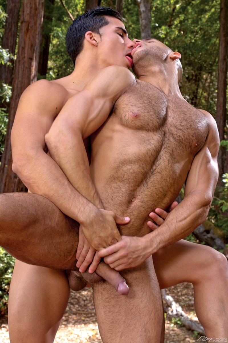 Hot men in action