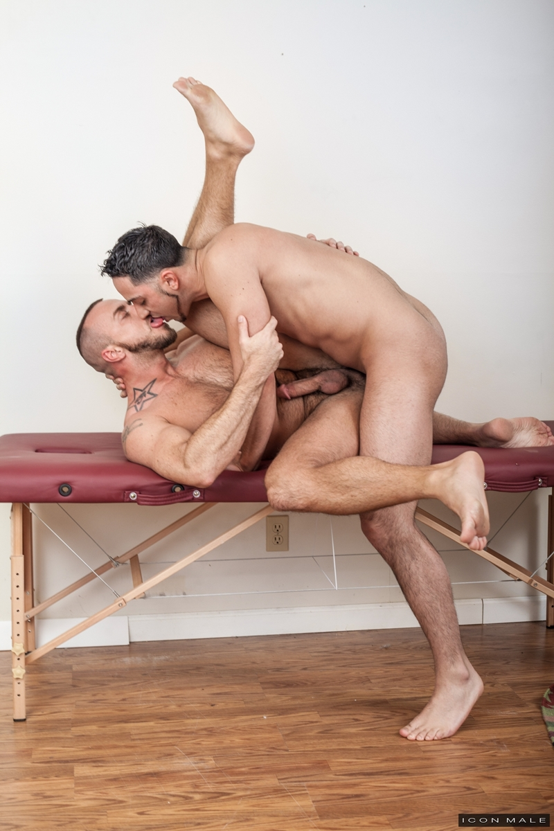 IconMale-Jessie-Colter-Andrew-Fitch-Massage-Jessie-Colter-patient-married-bisexual-naked-muscle-men-Gay-Massage-House-closeted-012-gay-porn-video-porno-nude-movies-pics-porn-star-sex-photo