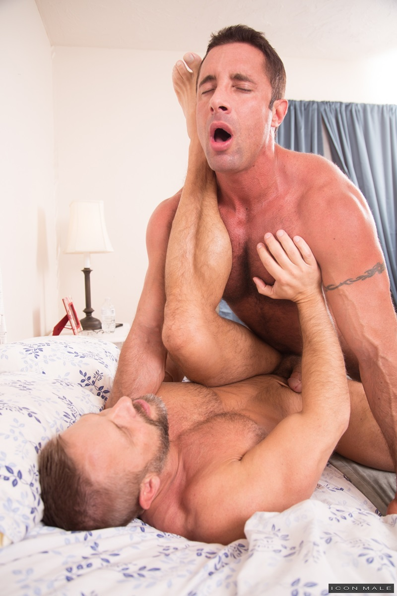 IconMale-sexy-naked-men-Nick-Capra-fucks-ass-big-daddy-Dirk-Caber-hairy-chest-asshole-cocksucking-anal-rimming-big-dick-porn-star-013-gay-porn-sex-porno-video-pics-gallery-photo
