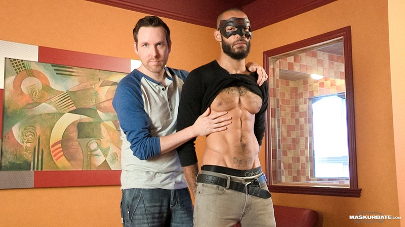 Maskurbate-Pascal-sucks-Henri-huge-muscle-big-dick-tattoo-muscled-hunk-hairy-chest-ripped-six-pack-abs-masked-muscles-dude-bearded-01-gay-porn-star-sex-video-gallery-photo