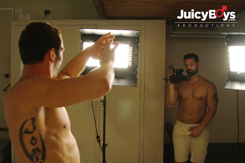 JuicyBoys-naked-muscle-boys-Logan-Cruise-Marcus-Ruhl-bareback-hot-built-young-men-rent-college-guy-suck-big-erect-long-cock-cum-load-ass-06-gay-porn-star-tube-sex-video-torrent-photo