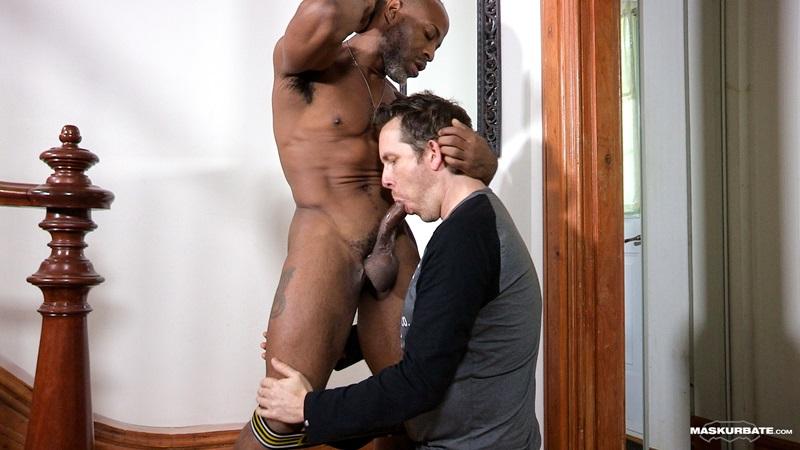 Maskurbate-DILF-Dad-I-like-to-fuck-hot-mature-men-worship-muscular-bodies-Robert-well-hung-black-guy-huge-ebony-9-inch-long-uncut-thick-dick-07-gay-porn-star-sex-video-gallery-photo