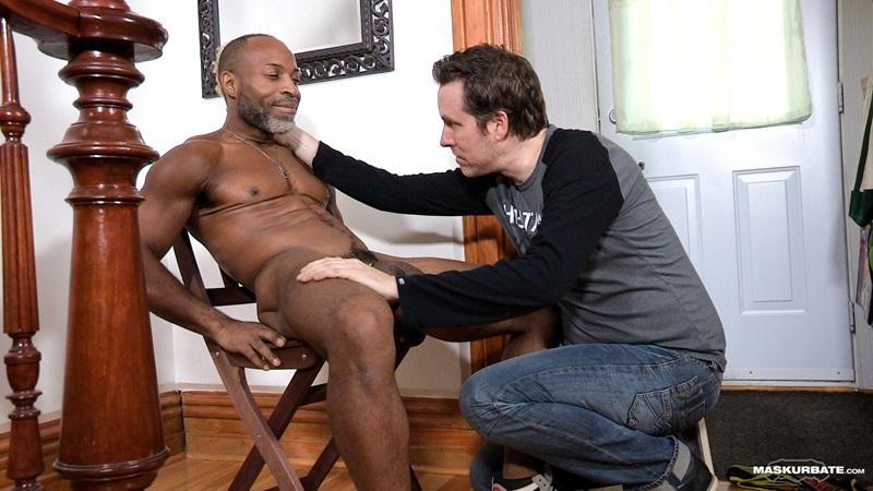 Maskurbate-DILF-Dad-I-like-to-fuck-hot-mature-men-worship-muscular-bodies-Robert-well-hung-black-guy-huge-ebony-9-inch-long-uncut-thick-dick-12-gay-porn-star-sex-video-gallery-photo