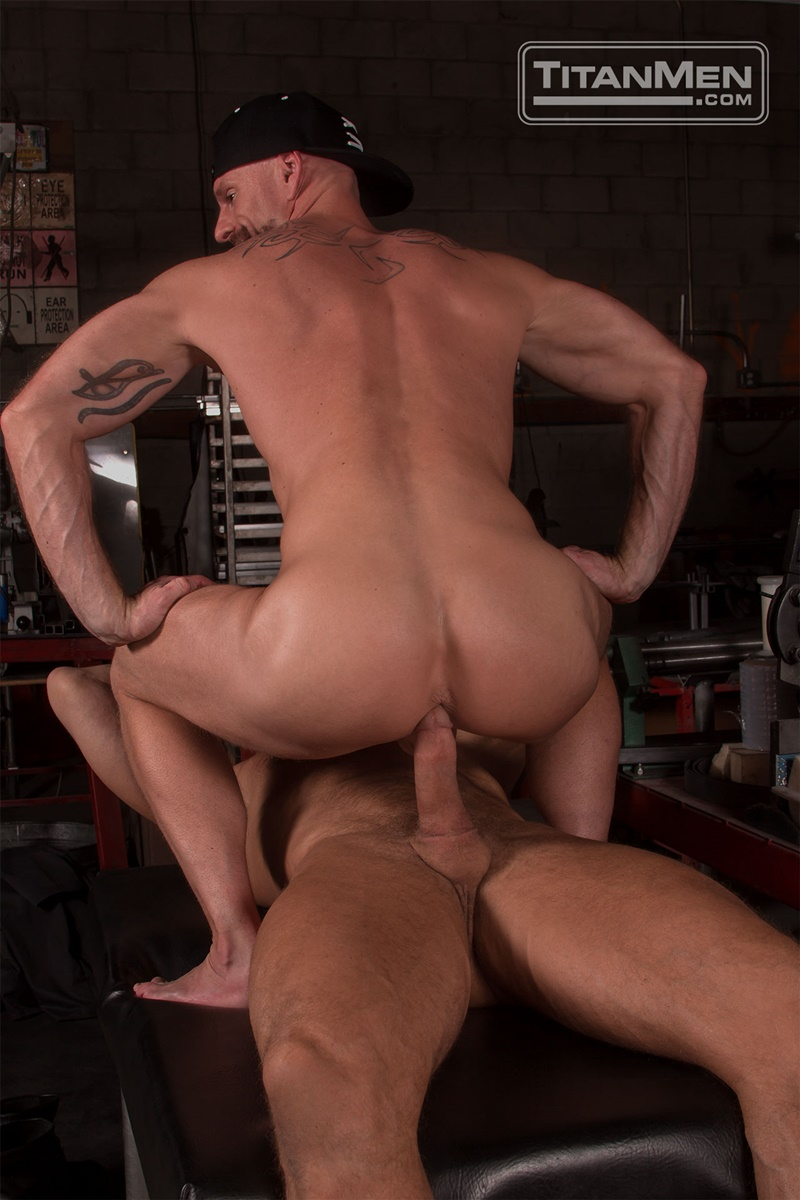 titanmen-hot-sexy-naked-big-muscle-dudes-dallas-steele-mitch-vaughn-flip-flop-ass-fucking-big-thick-large-dick-sucking-008-gay-porn-sex-gallery-pics-video-photo
