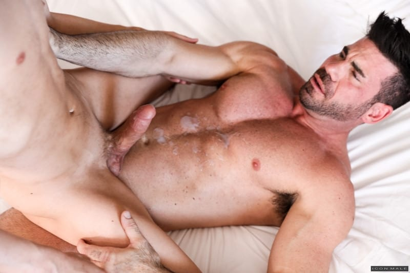 Men for Men Blog IconMale-Bearded-Billy-Santoro-fucks-Austin-Chapman-big-daddy-cock-anal-rimming-cocksucker-014-gay-porn-pictures-gallery Bearded Billy Santoro helps Austin Chapman with his big daddy cock issues Icon Male