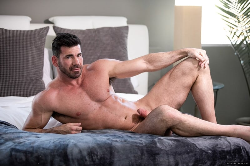 Men for Men Blog IconMale-Bearded-Billy-Santoro-fucks-Austin-Chapman-big-daddy-cock-anal-rimming-cocksucker-029-gay-porn-pictures-gallery Bearded Billy Santoro helps Austin Chapman with his big daddy cock issues Icon Male