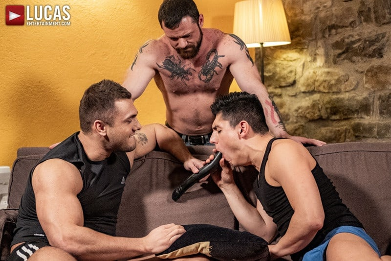 Men for Men Blog LucasEntertainment-Hot-muscle-hunks-Brock-Magnus-Sergeant-Miles-spit-roast-Ken-Summers-open-holes-double-fuck-001-gay-porn-pics-gallery Hot muscle hunks Brock Magnus and Sergeant Miles spit-roast both Ken Summers' open holes Lucas Entertainment