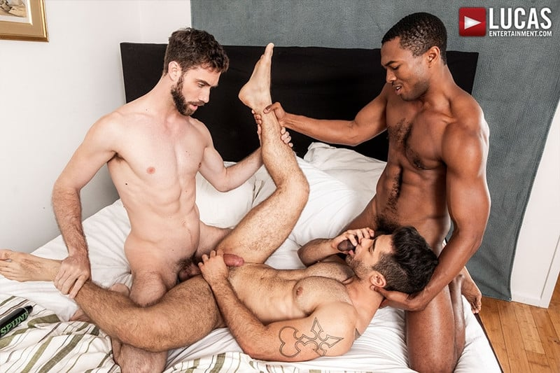 Men for Men Blog JASON-COX-LUCAS-LEON-SEAN-XAVIER-MONSTER-BLACK-DICK-big-muscle-threesome-LucasEntertainment-015-gay-porn-pictures-gallery Hot muscle dudes Jason Cox and Lucas Leon double fucked by Sean Xavier Lucas Entertainment