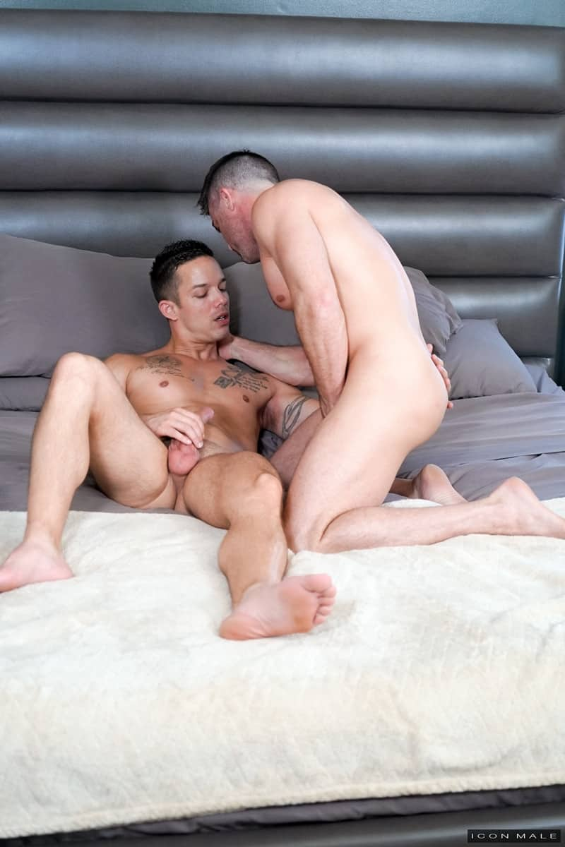 Men for Men Blog Lance-Hart-Nic-Sahara-big-dick-sucking-Intense-anal-fucking-mind-blowing-orgasms-IconMale-002-gay-porn-pics-gallery Intense anal fucking with Lance Hart and Nic Sahara getting to mind blowing orgasms Icon Male